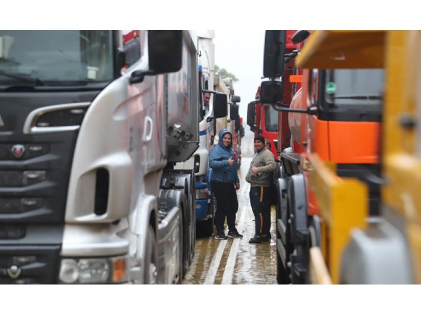 Пътностроителните фирми прекратяват протеста