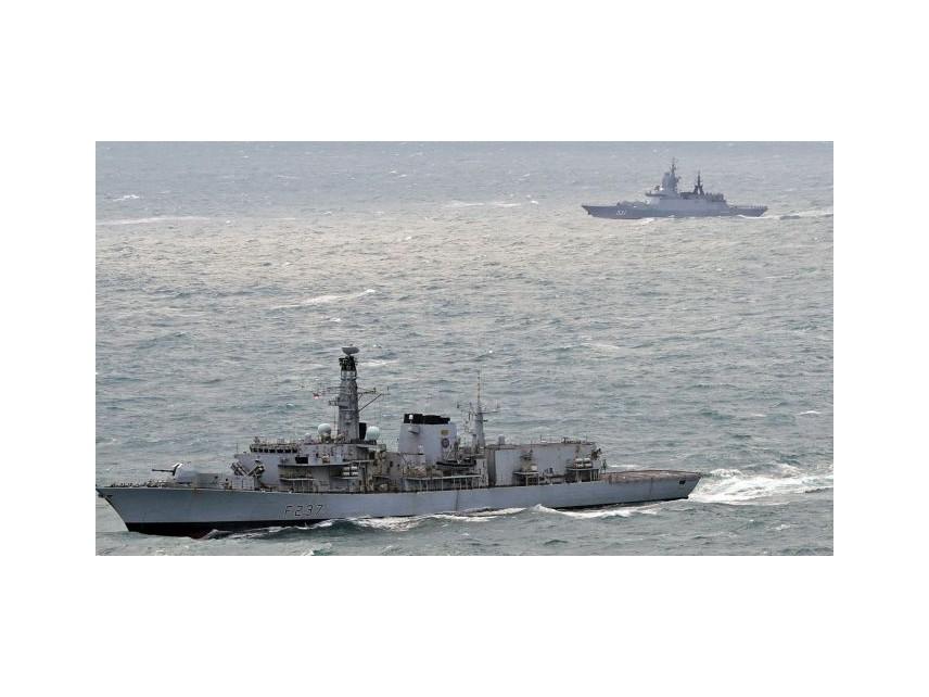 Великобритания ще връща лодките с мигранти, прекосяващи Ламанша