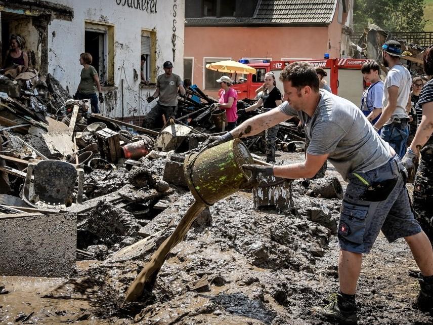 След наводненията в Западна Европа - шокиращо и зловещо