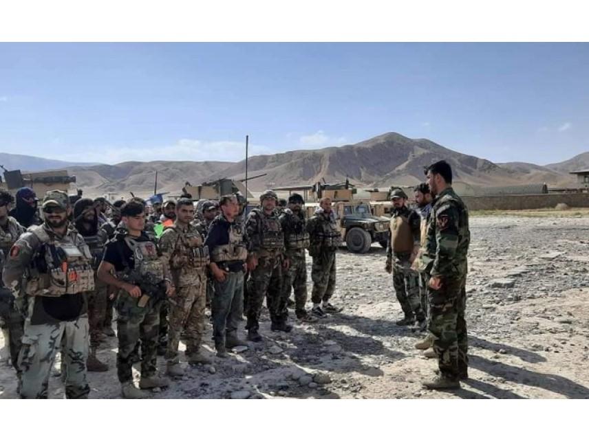 Над 1000 афганистански войници избягаха от талибаните в Таджикистан